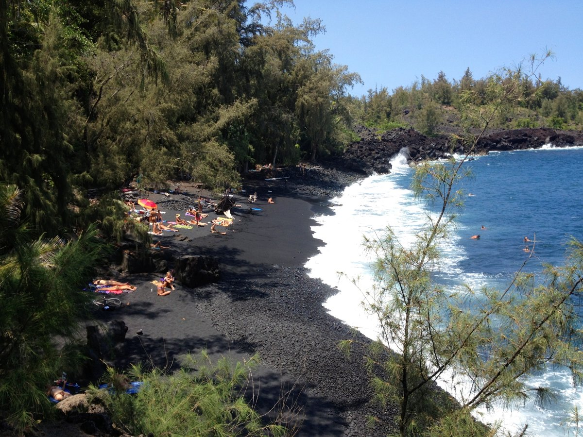 Kehena Black Sand Beach  Big Island Hawaii-9212